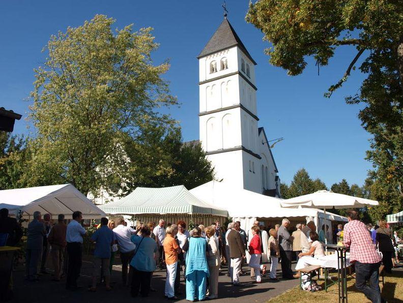 MC unterstützt die Pfarrgemeinde beim Pfarrfest zum 100 jährigen Jubiläum der Pfarrkirche