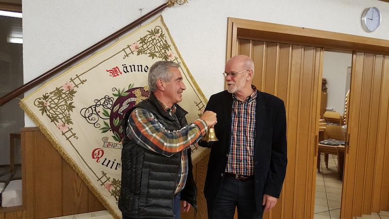Stabwechsel beim Männerchor Quirrenbach