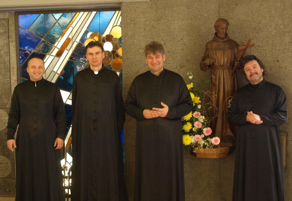 St. Danielschor aus Moskau zum Konzert in Eudenbach am 25.8.